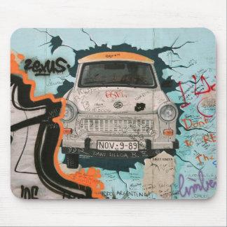 ベルリンの壁の片 マウスパッド
