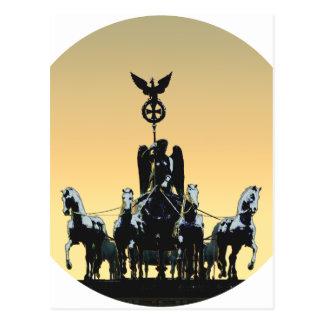ベルリンのQuadrigaのブランデンブルク門002.1 rd ポストカード