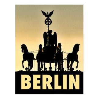 ベルリンのQuadriga 002.1のブランデンブルク門 ポストカード