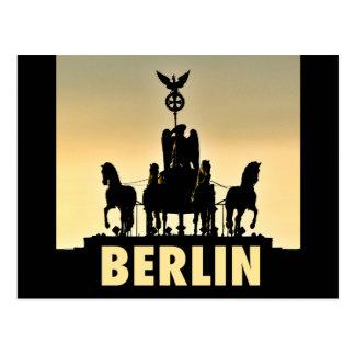 ベルリンのQuadriga 002.1.2のブランデンブルク門 ポストカード