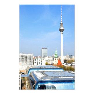 ベルリン、ドイツのテレビタワーの眺め 便箋