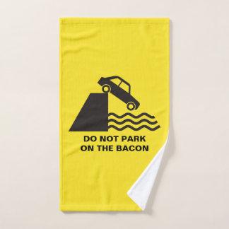 ベーコンで駐車しないで下さい バスタオルセット