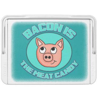 ベーコンは肉キャンデーのイグルーのクーラーです イグルークーラーボックス