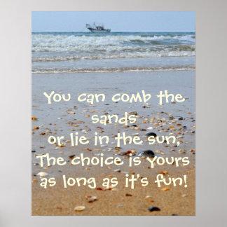 ベージュおよび青の砂の日曜日のビーチポスター ポスター