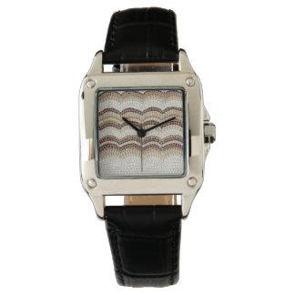 ベージュモザイク女性の正方形の黒い革腕時計 腕時計