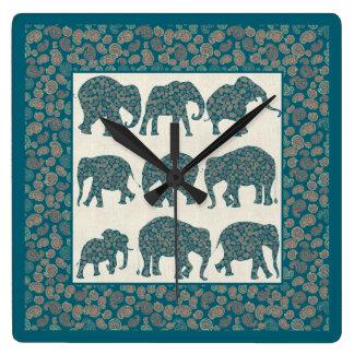 ベージュ色およびボーダー柱時計のペイズリー象 スクエア壁時計