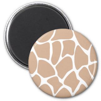 ベージュ色のキリンのプリントパターン マグネット