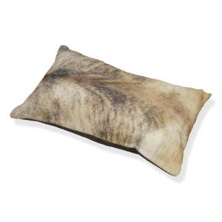 ベージュ革靴のプリント犬のベッド