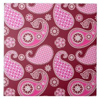 ペイズリーのパターン、バーガンディ、ピンクおよび白 タイル