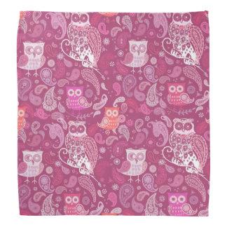 ペイズリーのフクロウのピンクパターン バンダナ