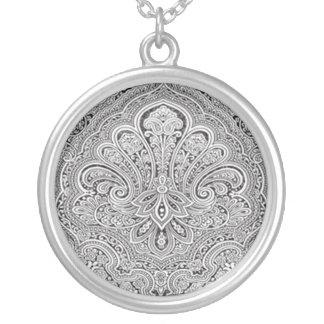 ペイズリーの芸術のネックレス シルバープレートネックレス