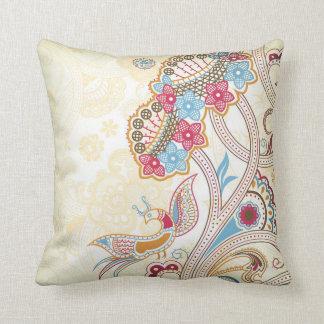 ペイズリーの鳥および花柄の枕 クッション