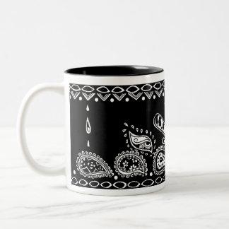 ペイズリーパターンマグ ツートーンマグカップ