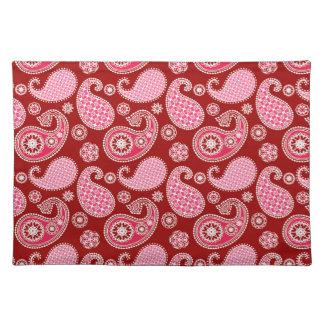 ペイズリーパターン、えんじ色、ピンクおよび白 ランチョンマット