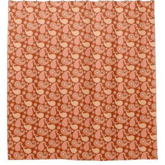 ペイズリーパターン、マンダリンオレンジおよび白 シャワーカーテン