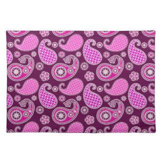 ペイズリーパターン、赤紫のピンク、紫色および白 ランチョンマット
