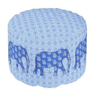 ペイズリー象-コバルトブルーおよび白 プーフ