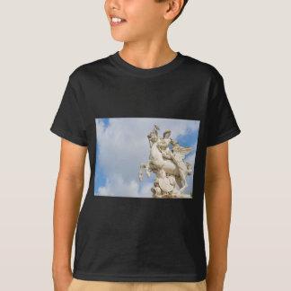 ペガソス Tシャツ