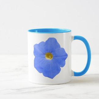 ペチュニアの青および黄色のマグ マグカップ