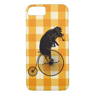 ペニーのFarthingのバイクに乗っているブタかブタ iPhone 8/7ケース