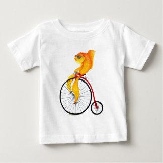 ペニーのFarthingの魚 ベビーTシャツ