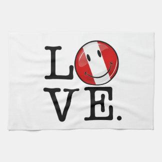 ペルーの微笑のペルーの旗からの愛 キッチンタオル