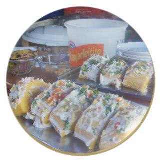 ペルーのCausa -エキゾチックなポテトの皿 プレート