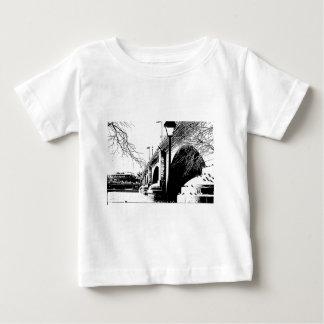 ペンとインクの旧式な橋 ベビーTシャツ