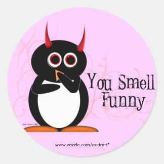 ペンギンおもしろいなステッカーをかぎます ラウンドシール