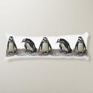 ペンギンの体の枕 ボディピロー
