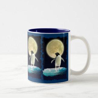 ペンギンの月の野性生物サポータ飲むマグ ツートーンマグカップ