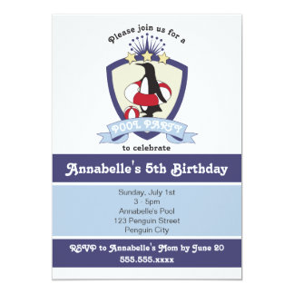 ペンギンの水泳クラブ子供の誕生日のプールを囲んでのパーティの招待 カード