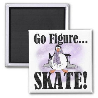 ペンギンはTシャツおよびギフトフィギュアスケートの行きます マグネット