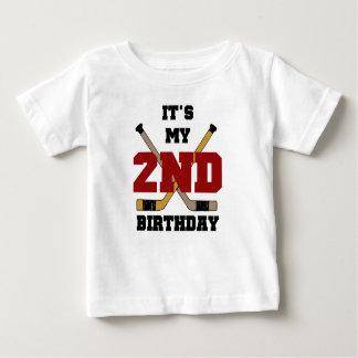 ホッケーの第2誕生日 ベビーTシャツ