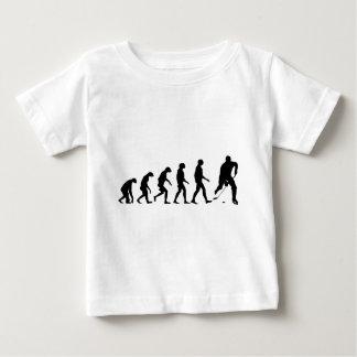 ホッケーの進化 ベビーTシャツ