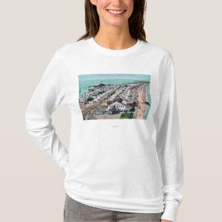 ホテルのdel Coronadoからのテント都市の空中写真 Tシャツ