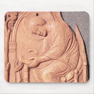 ホテルdeから、調査している修道士のレリーフ、浮き彫り マウスパッド
