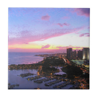 ホノルルの都市景観のハワイの日没 正方形タイル小