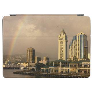 ホノルル、ハワイ、米国2上の虹 iPad AIR カバー