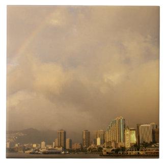 ホノルル、ハワイ、米国3上の虹 タイル
