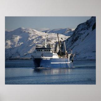 ホーン岬の工場トロール船の漁船 ポスター