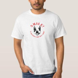 ボストンテリアのスマイル-額面価格 Tシャツ