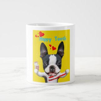ボストンテリアのミラベルの幸せな歯のマグ ジャンボコーヒーマグカップ