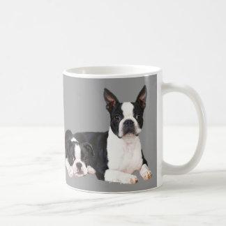 ボストンテリアの相棒のマグ コーヒーマグカップ