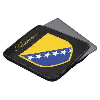 ボスニアの名前入りな旗 ラップトップスリーブ