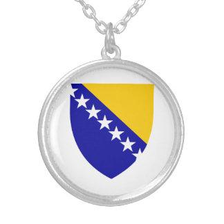 ボスニア・ヘルツェゴビナの紋章付き外衣 シルバープレートネックレス