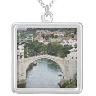 ボスニア・ヘルツェゴビナ-モスタル。 古い橋 シルバープレートネックレス