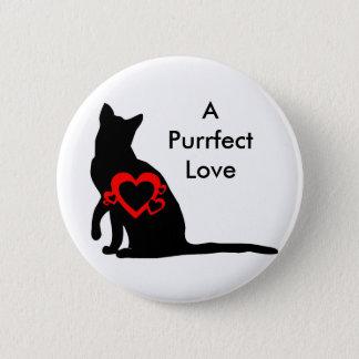 ボタン: 赤いハートが付いている猫のシルエット 5.7CM 丸型バッジ
