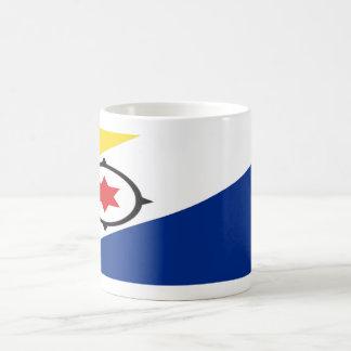 ボネールの旗のコーヒー・マグ コーヒーマグカップ