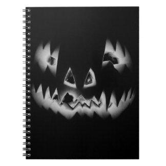 ボブ著ハロウィンのカボチャ ノートブック